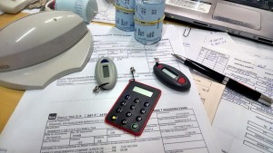 office-515984_640